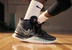 Sepatu basket Nike Kyrie 7