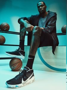 Sepatu Basket Indoor