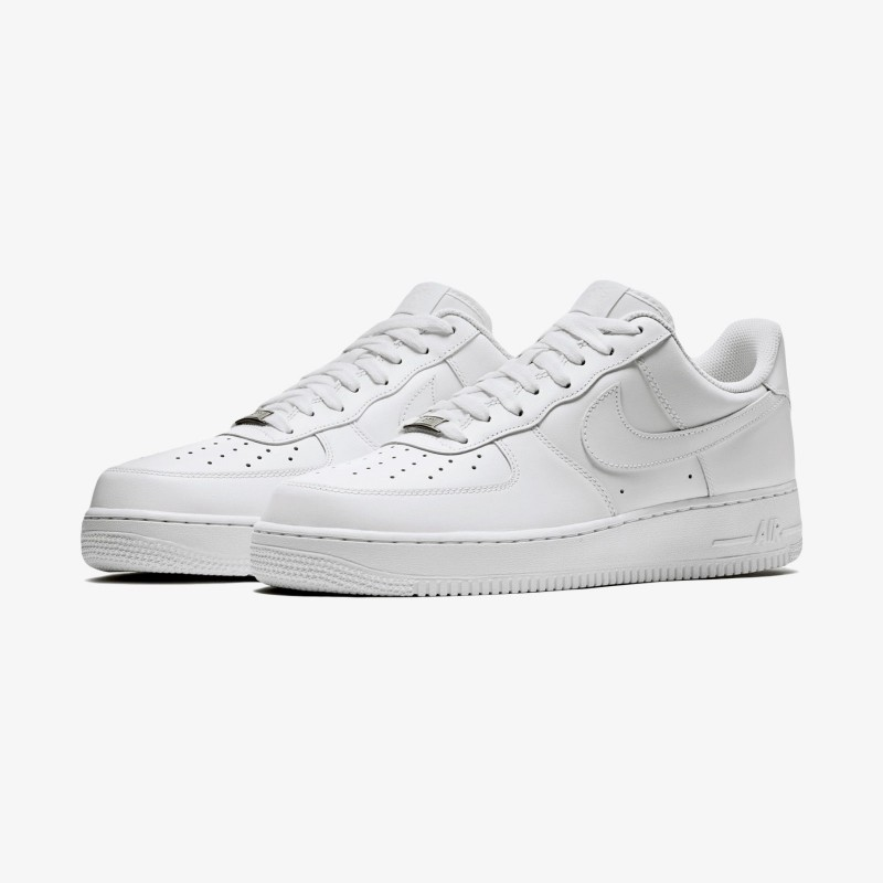 Sepatu sneakers nike Air Force 1 '07