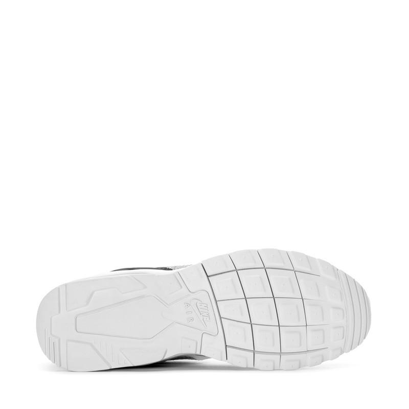 Sepatu Sneakers Nike Air Max Motion Lw Se Black Grey