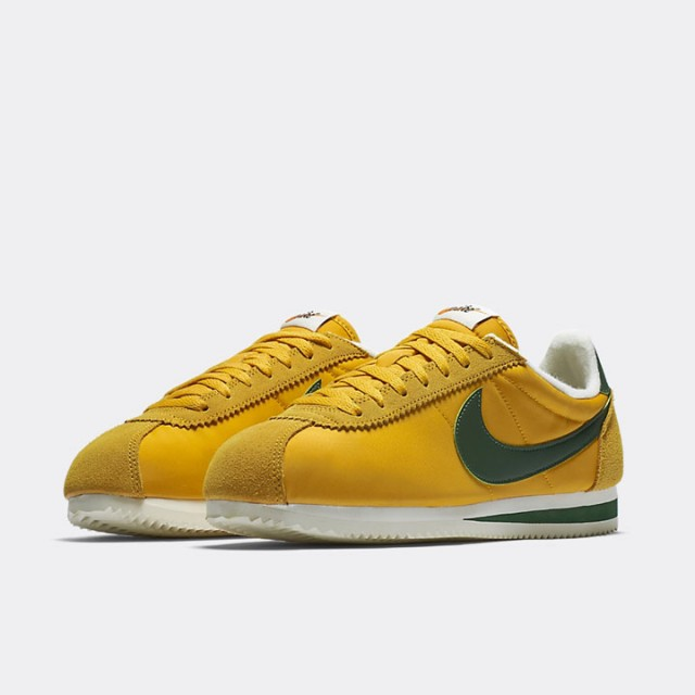 Jual Sepatu Sneakers Nike Classic Cortez Nylon Premium