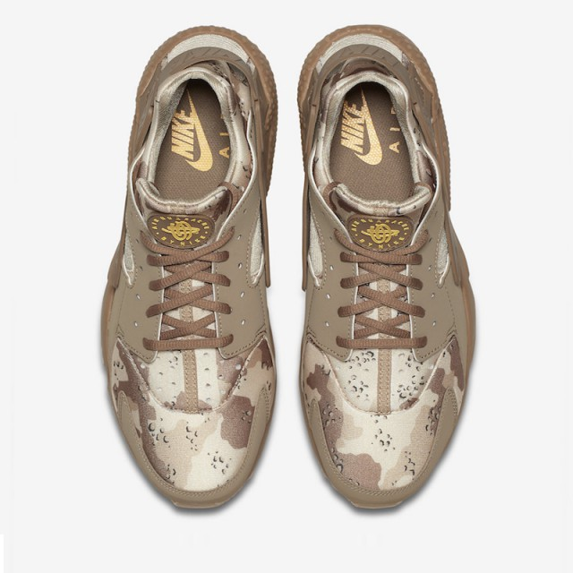 Sepatu Sneakers Nike Air Huarache Run Desert Camo